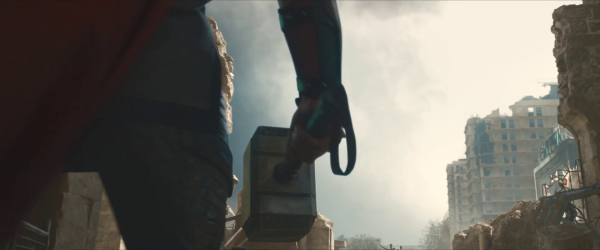 avengers-age-of-ultron-trailer-screengrab-3-mjolnir