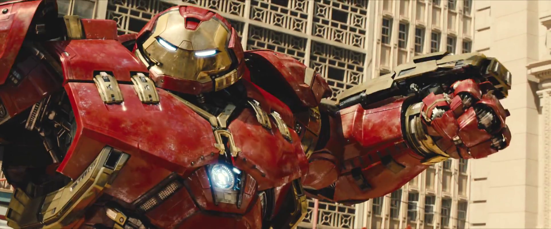 Avengers Age Of Ultron Trailer Screengrab 31 Hulkbuster