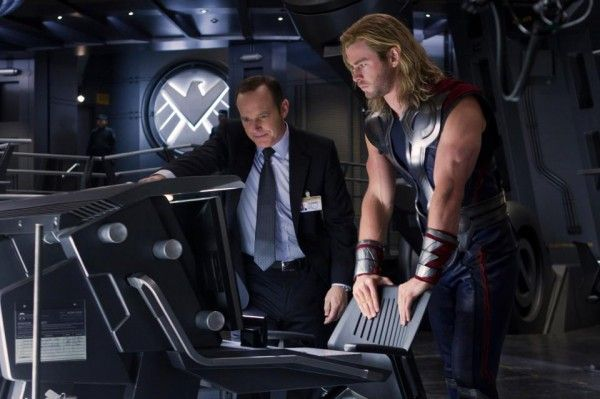 avengers-chris-hemsworth-clark-gregg