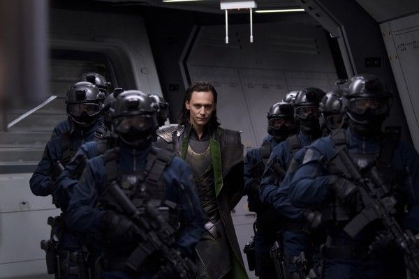 tom-hiddleston-the-avengers-movie-image