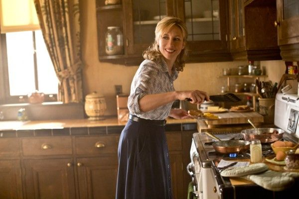 bates-motel-man-in-number-9-vera-farmiga