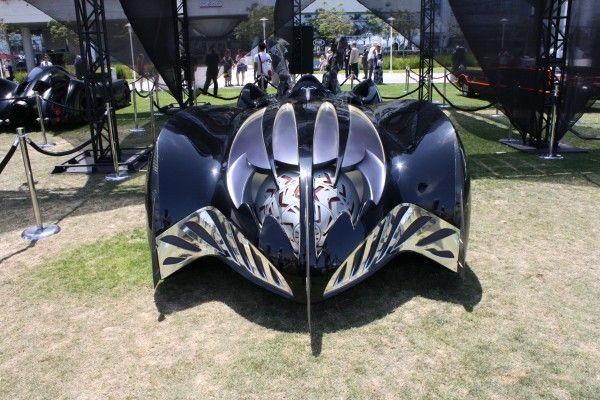 batman-and-robin-batmobile-clooney