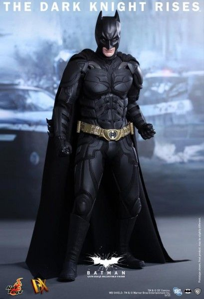 batman-dark-knight-rises-hot-toys-figure-2