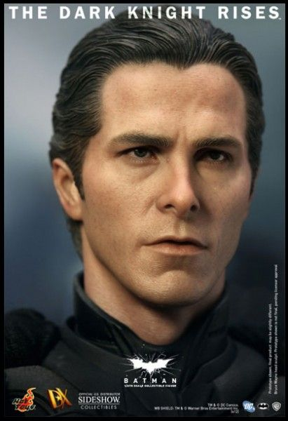 batman-dark-knight-rises-hot-toys-figure-image (3)