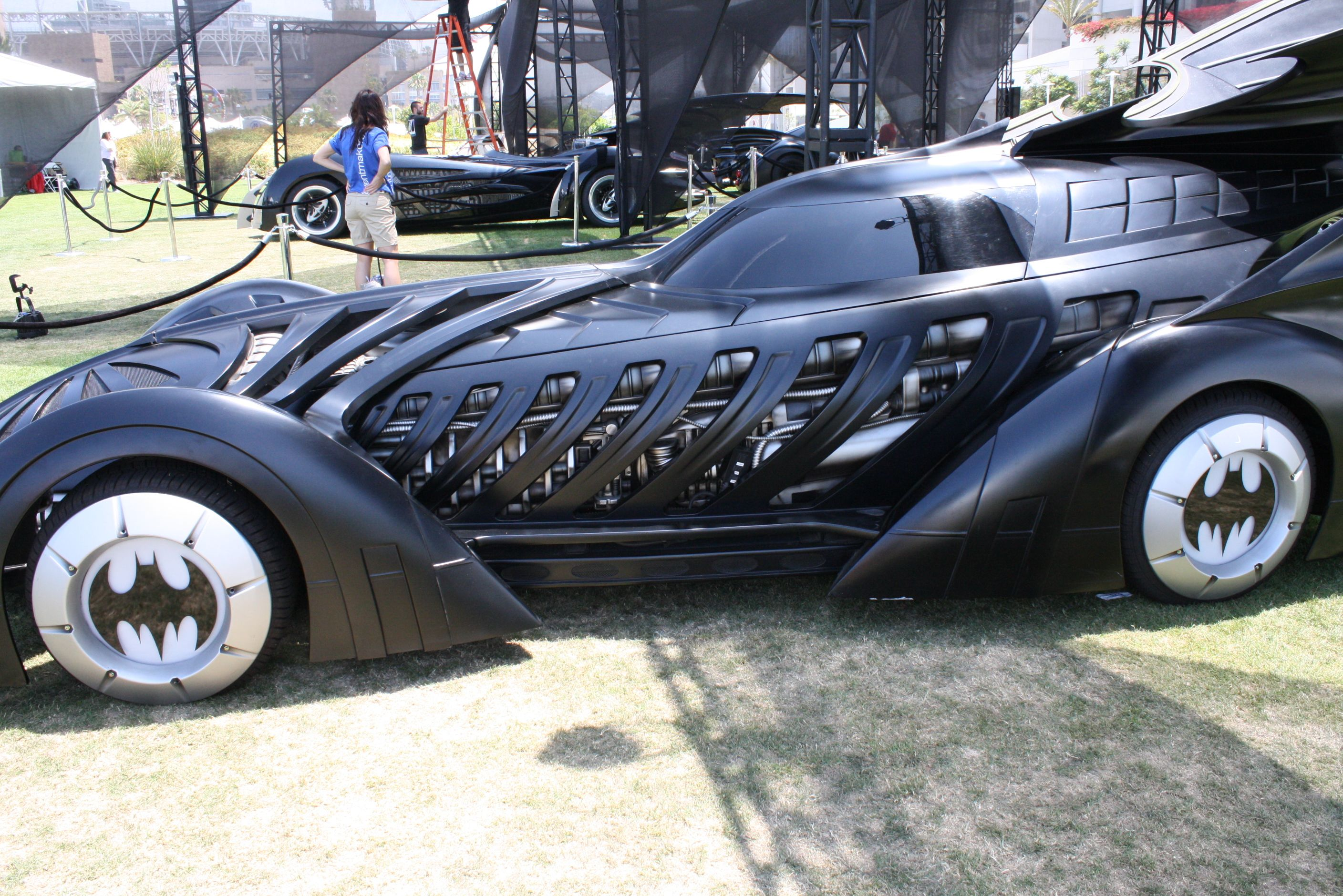 Comic-Con Batmobiles | Collider