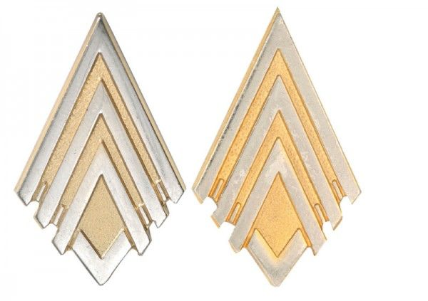 battlestar-galactica-memorabilia-major-rank-pins-01