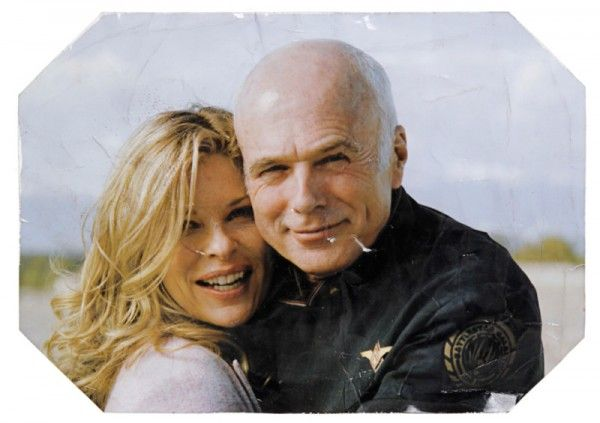 battlestar-galactica-memorabilia-tighs-photot-01