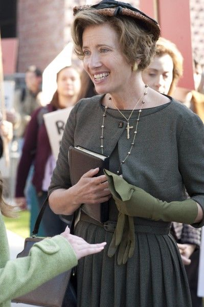 beautiful-creatures-emma-thompson