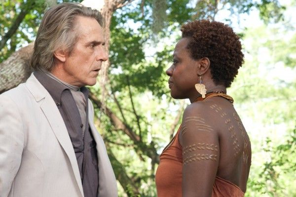 beautiful-creatures-jeremy-irons-viola-davis