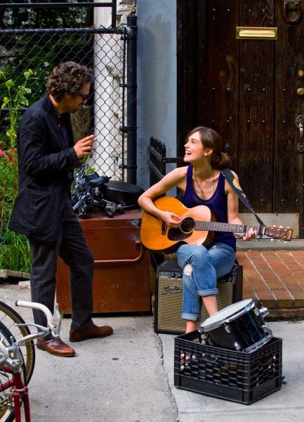begin-again-keira-knightley-mark-ruffalo