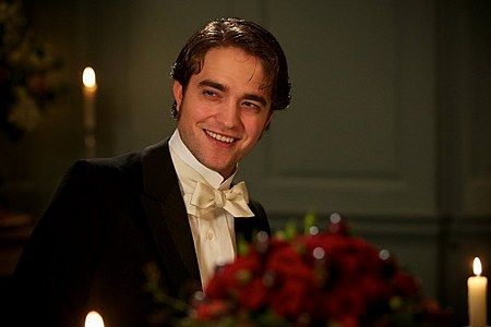 bel-ami-movie-image-robert-pattinson-13