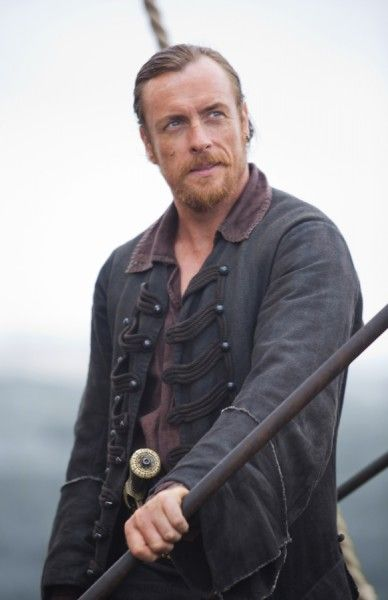 black-sails-season-2-toby-stephens-image