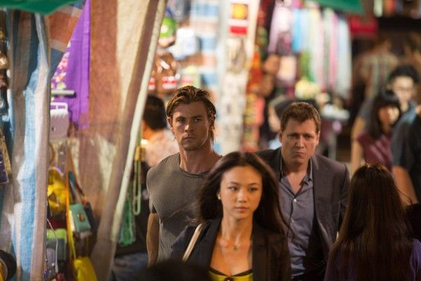 blackhat-chris-hemsworth-2