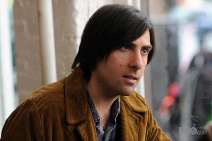 bored_to_death_tv_show_image_jason_schwartzman_01