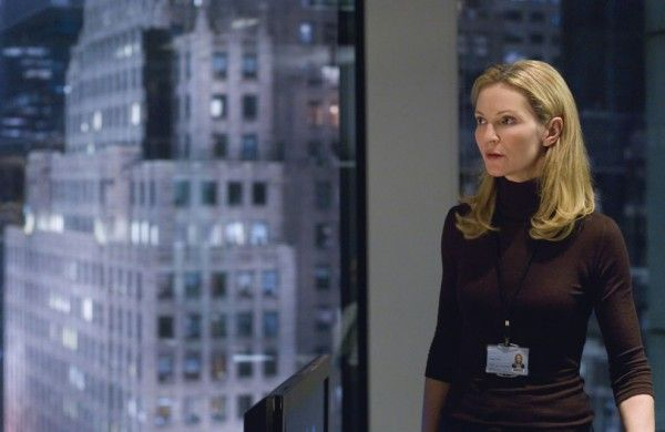 bourne-ultimatum-joan-allen