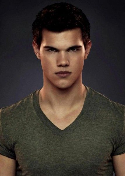 Taylor Lautner Talks The Twilight Saga Breaking Dawn