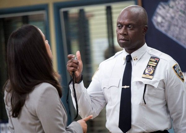 brooklyn-nine-nine-season-2-andre-braugher-1