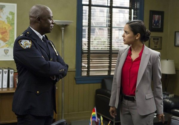 brooklyn-nine-nine-season-2-andre-braugher-2