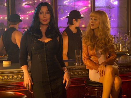 burlesque_movie_image_cher_christina_aguilera_01