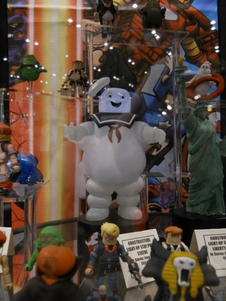c2e2-ghostbusters-toy-image-5