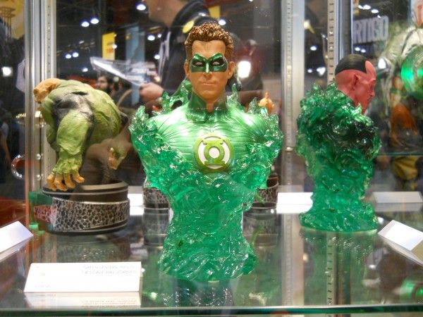 c2e2-green-lantern-movie-toy-image