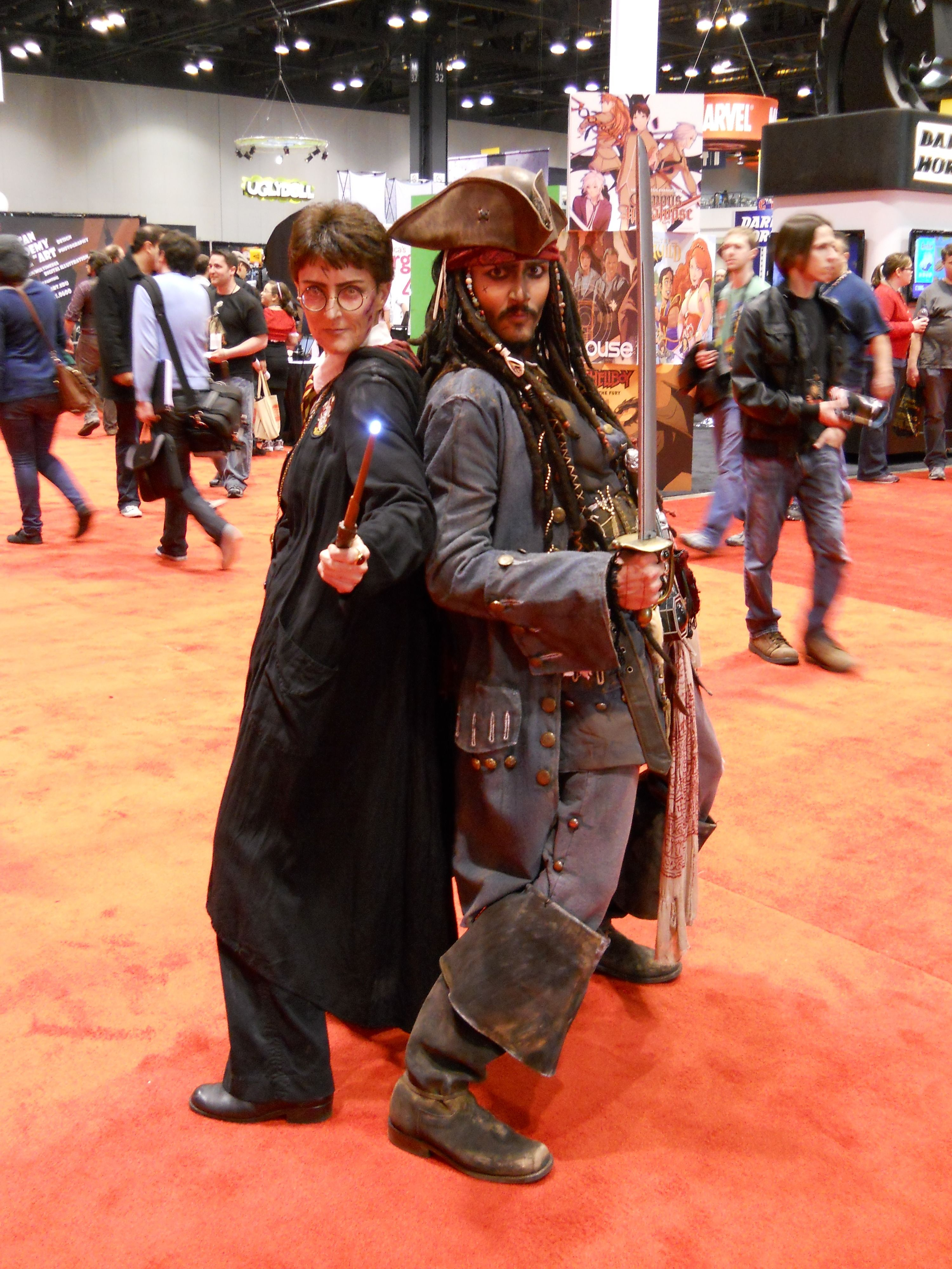 c2e2-harry-potter-jack-sparrow-costume-image  sc 1 st  Collider & Collider Goes to C2E2; Over 30 Toy and Costume Pictures | Collider