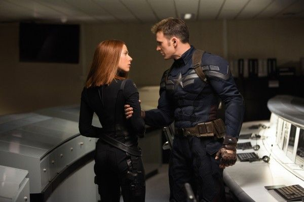captain-america-civil-war-scarlett-johansson-chris-evans