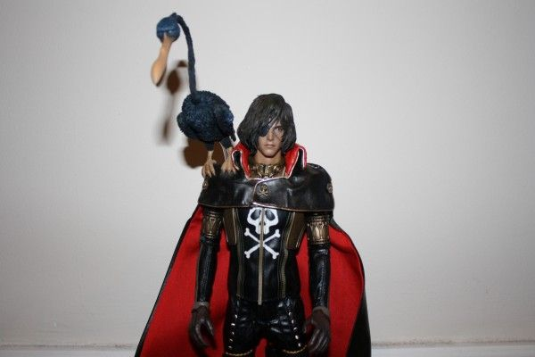 captain-harlock-hot-toys-figure-sideshow-collectibles (27)