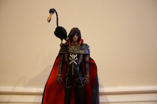 captain-harlock-hot-toys-figure-sideshow-collectibles (28)