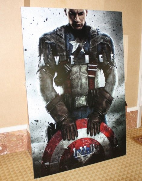 captain_america_first_avenger_standee