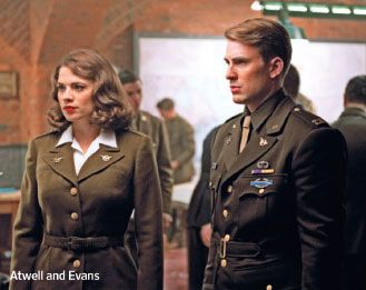 captain_america_the_first_avenger_movie_image_hayley_atwell_chris_evans_01
