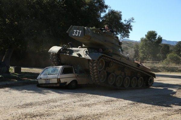 car-vs-tank