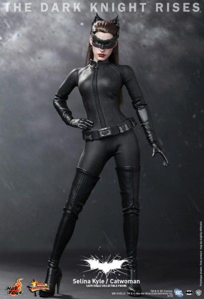 catwoman-the-dark-knight-rises-hot-toys