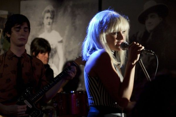 cbgb-malin-akerman-1