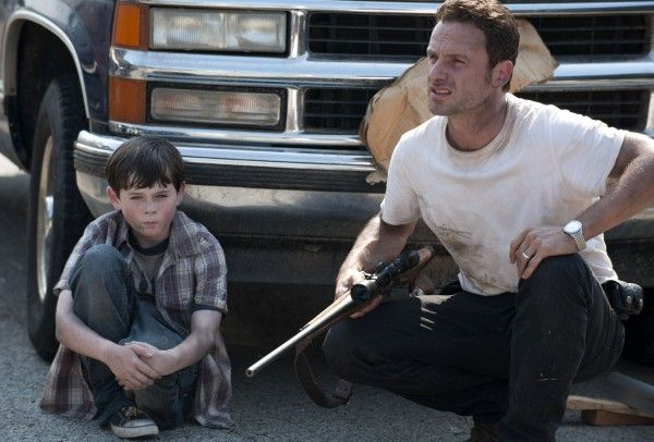 chandler-riggs-andrew-lincoln-walking-dead
