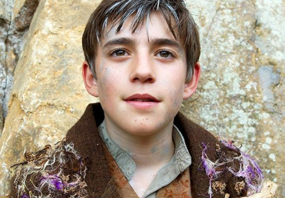 charlie-rowe-neverland-movie-image-2