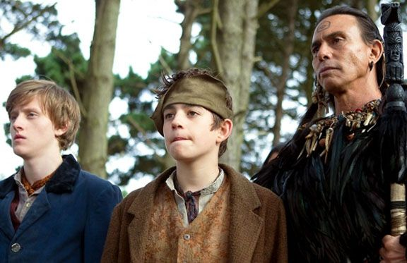 charlie-rowe-raoul-jullio-neverland-movie-image