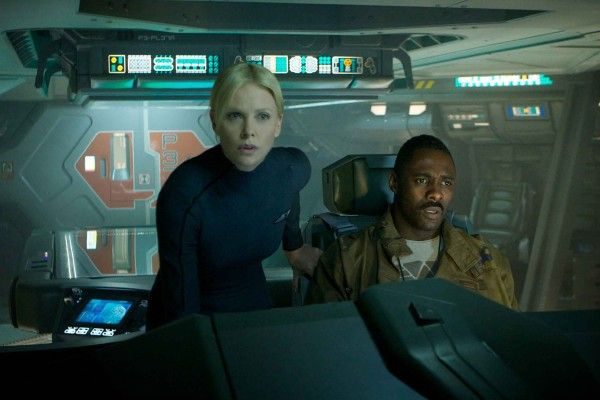 charlize-theron-idris-elba-prometheus-movie-image