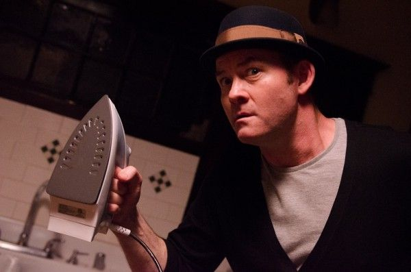 cheap-thrills-david-koechner