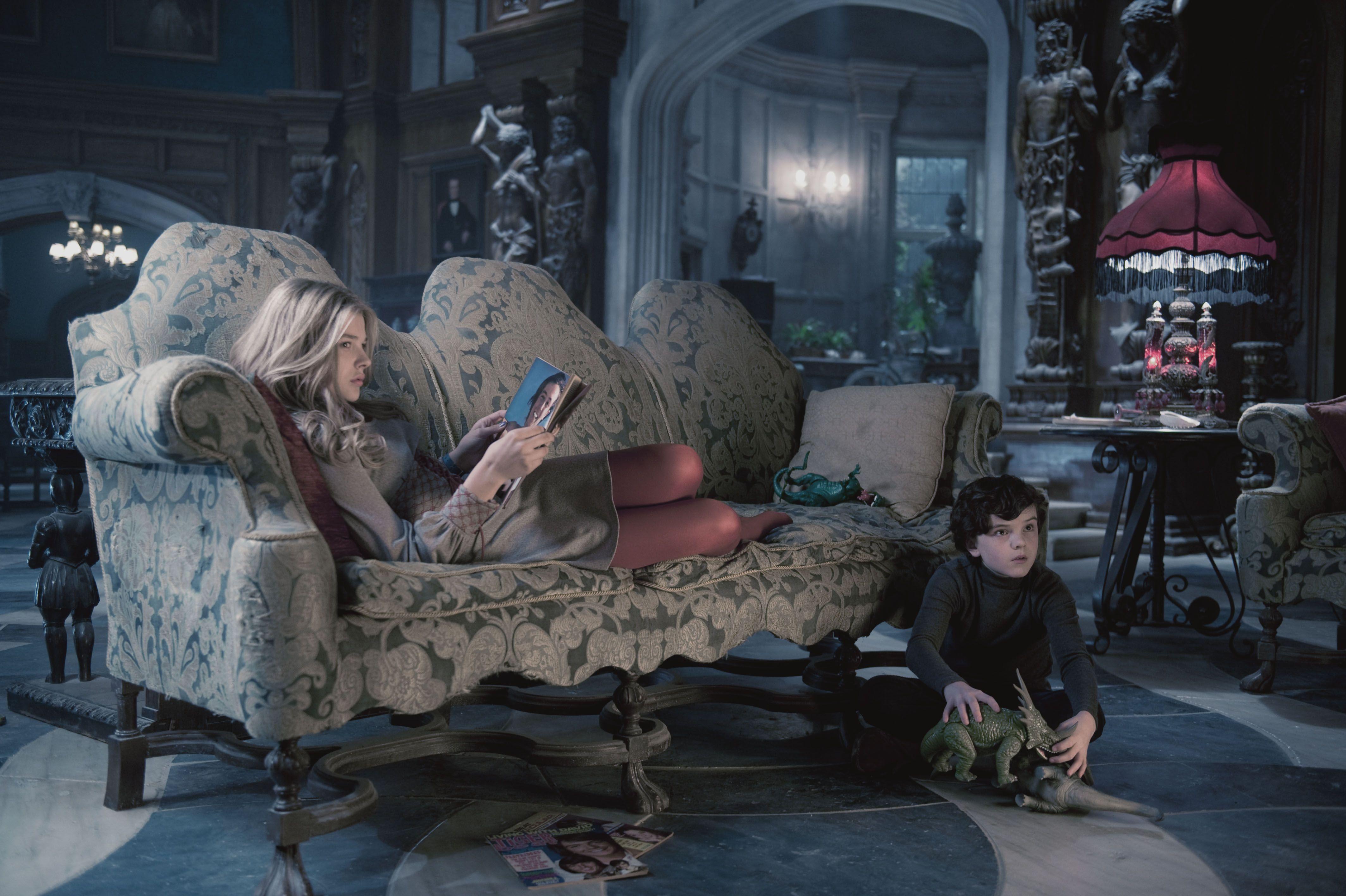 Dark Shadows Movie Images Featuring Johnny Depp Collider