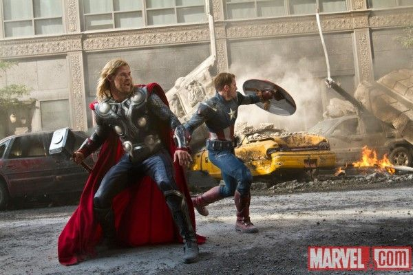 thor-2-the-dark-world-chris-hemsworth-chris-evans