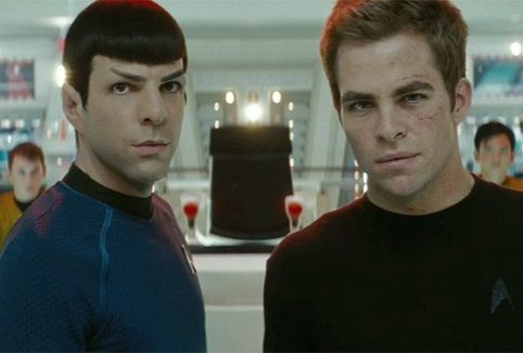 chris-pine-zachary-quinto-star-trek-2