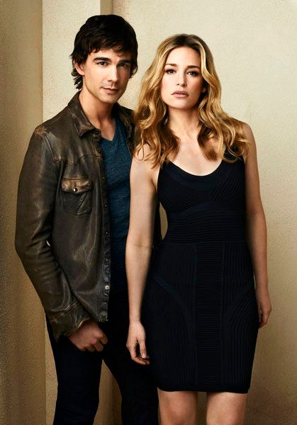 christopher-gorham-piper-perabo-covert-affairs