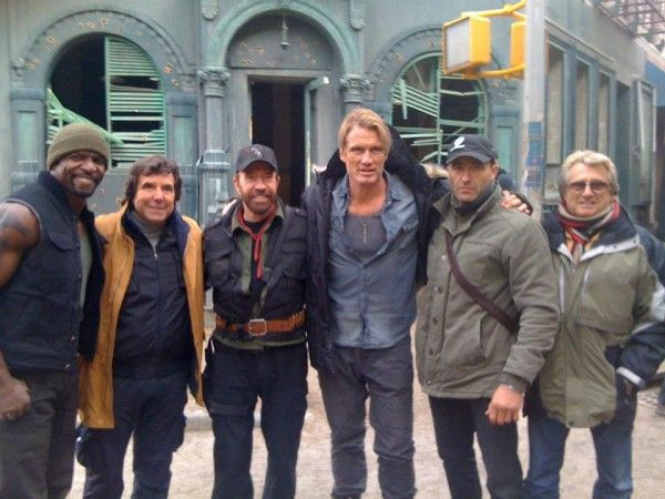 chuck-norris-dolph-lundgren-terry-crews-the-expendables-2-set-photo