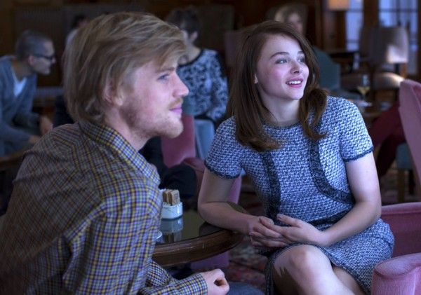 clouds-of-sils-maria-chloe-grace-moretz