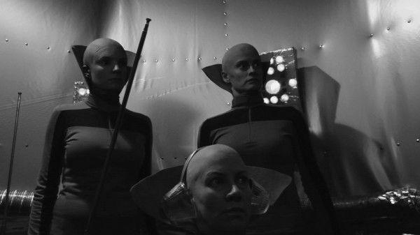 codependent-lesbian-space-alien-seeks-same-movie-image-005
