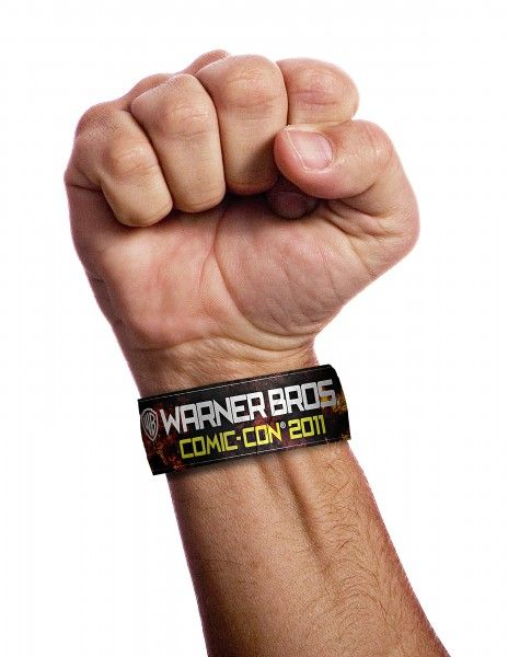 comic-con-warner-bros-wristband-image