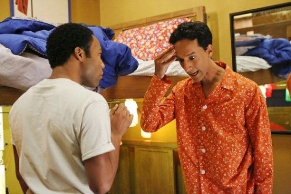 community-donald-glover-danny-pudi