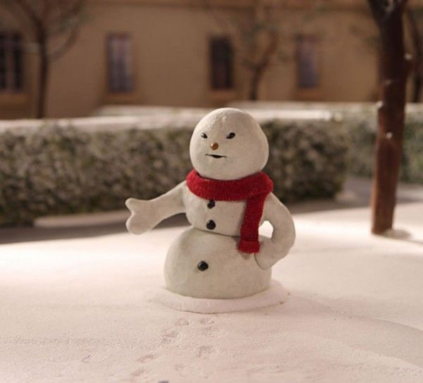 community_christmas_episode_snowman_image_01