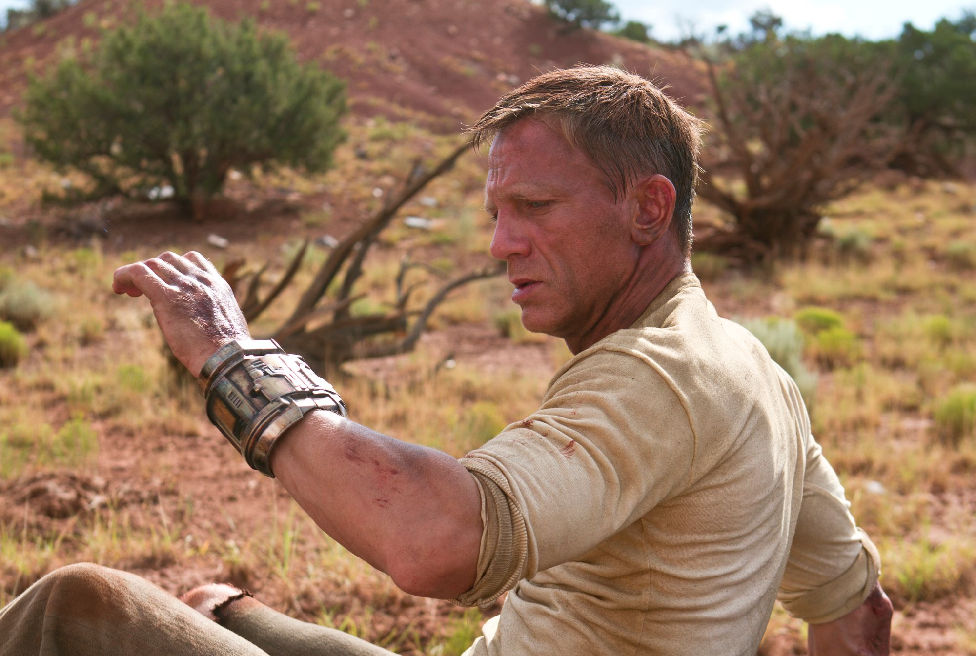 Image result for cowboys and aliens craig